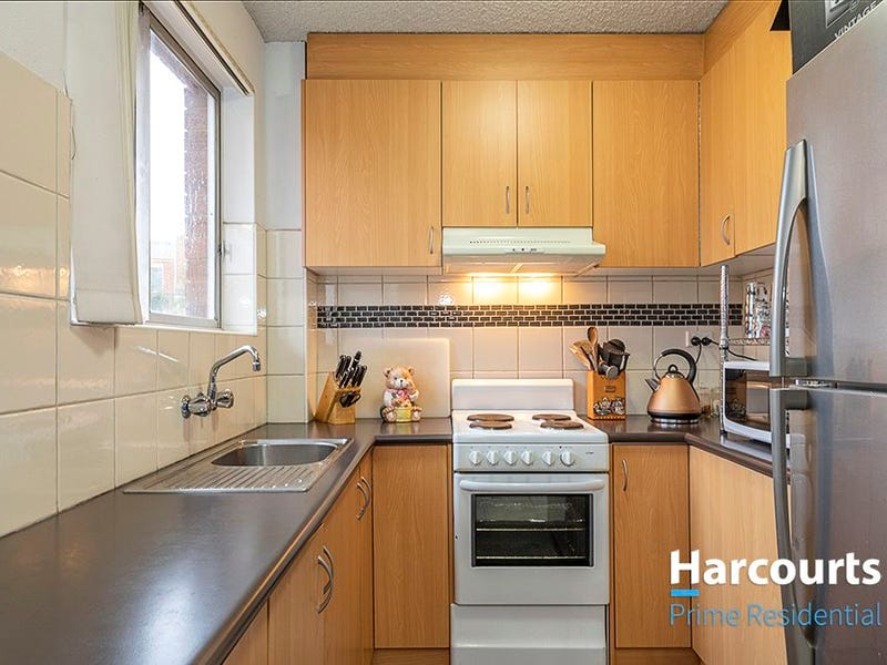 13/30 Trinculo Place, Queanbeyan, NSW 2620