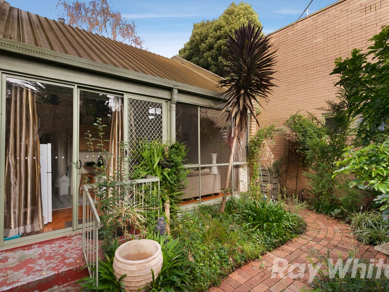 22/241 Canterbury Road, Bayswater North, Vic 3153