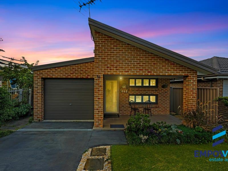 10 Drumalbyn Street, Ingleburn, NSW 2565