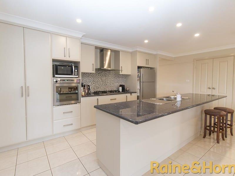 22 Holmwood Drive, Dubbo, NSW 2830