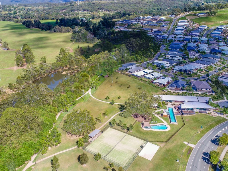 227 Riverstone Crossing, Maudsland, Qld 4210