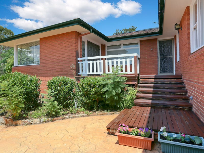12 Governors Drive, Lapstone, NSW 2773