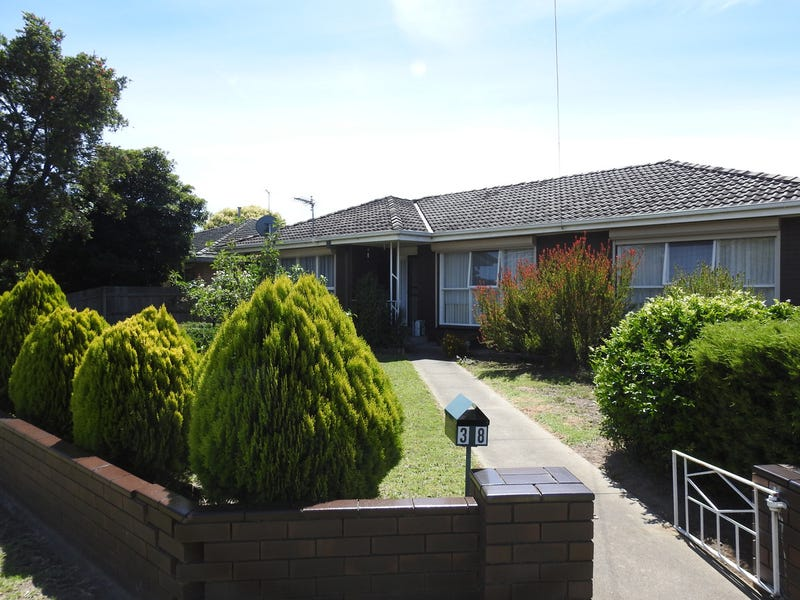 38 Buckley Street, Sale