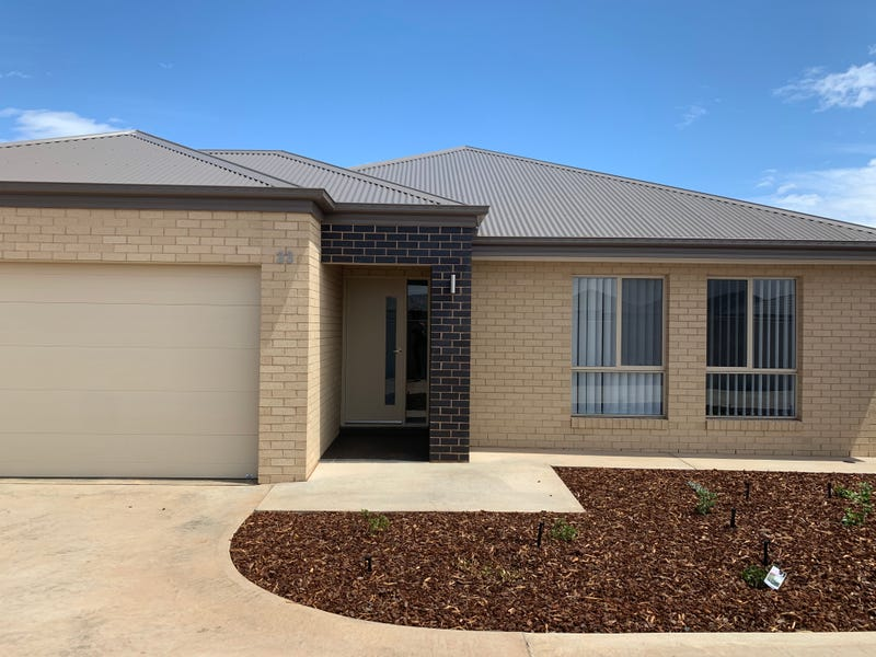 33 Scremin Grove, Griffith, NSW 2680
