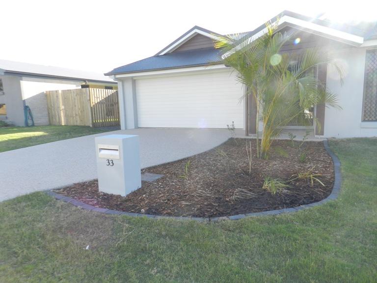 33 Bellbird, New Auckland, Qld 4680