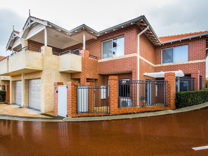 21/84 Foley Village, Collick Street, Hilton, WA 6163