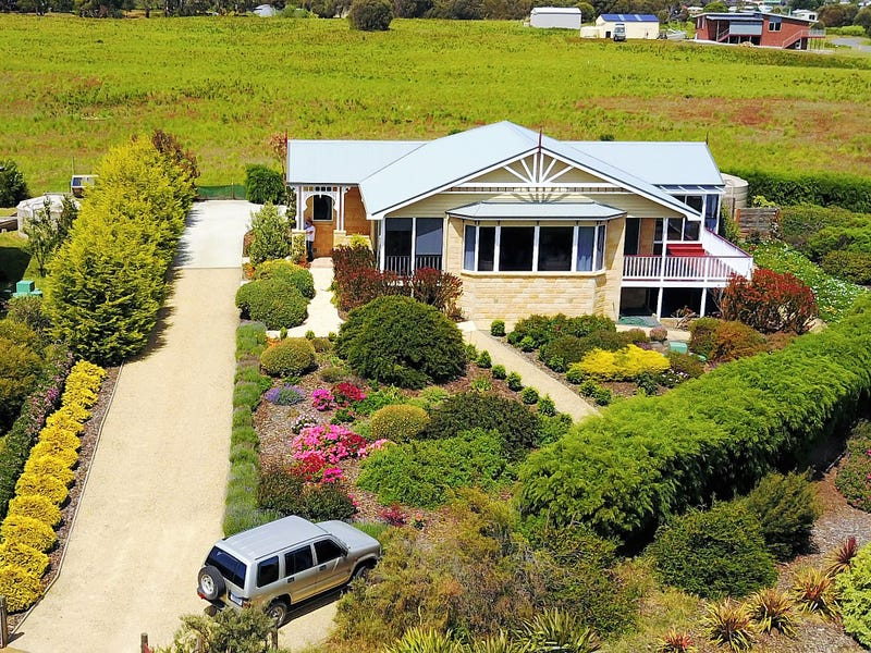 21 Meadows Place, Opossum Bay, Tas 7023