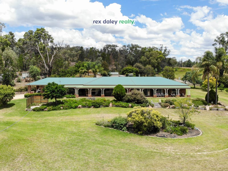30 Browns Ln, Inverell, NSW 2360