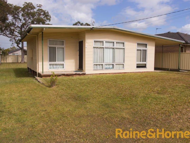 28 DANBURY AVENUE, Gorokan, NSW 2263