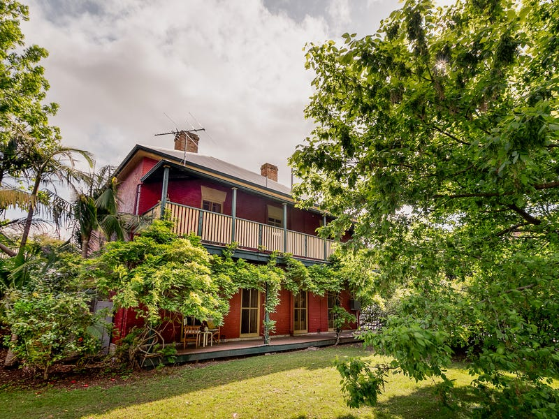 14 Cross Street, South Maitland, NSW 2320