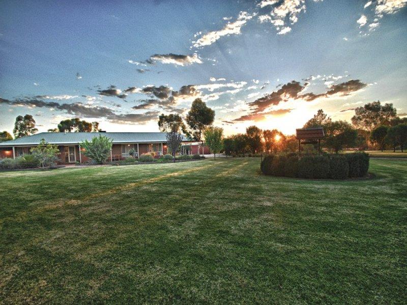 6 Fawcett Drive, Lake Wyangan, NSW 2680