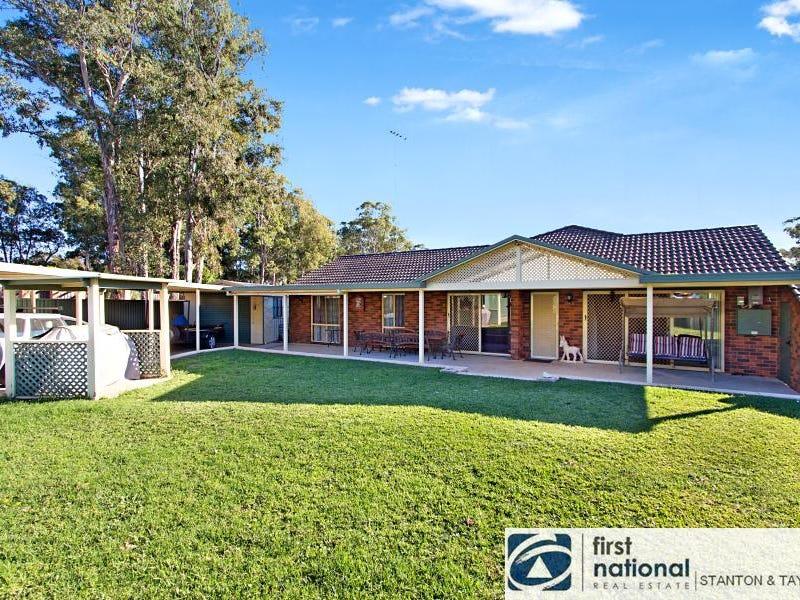 10 Woodgate Crescent, Cranebrook, NSW 2749
