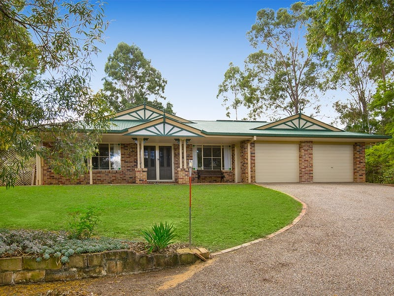 12 Omeo Grove, Karana Downs, Qld 4306
