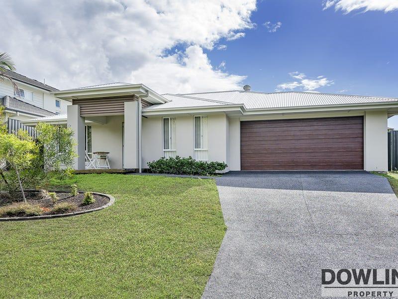 11 Rushland Dr, Fern Bay, NSW 2295