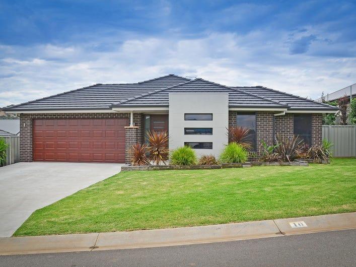 10 Thornbill Street, Thurgoona, NSW 2640