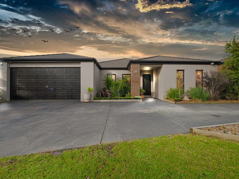 23 Norman Drive, Cowes, Vic 3922