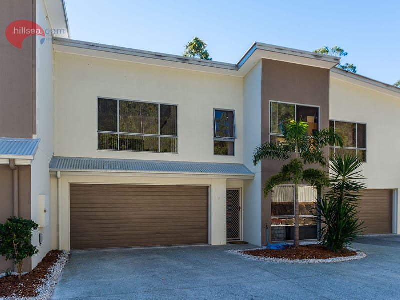 2/1 Aspect Place, Pacific Pines, Qld 4211