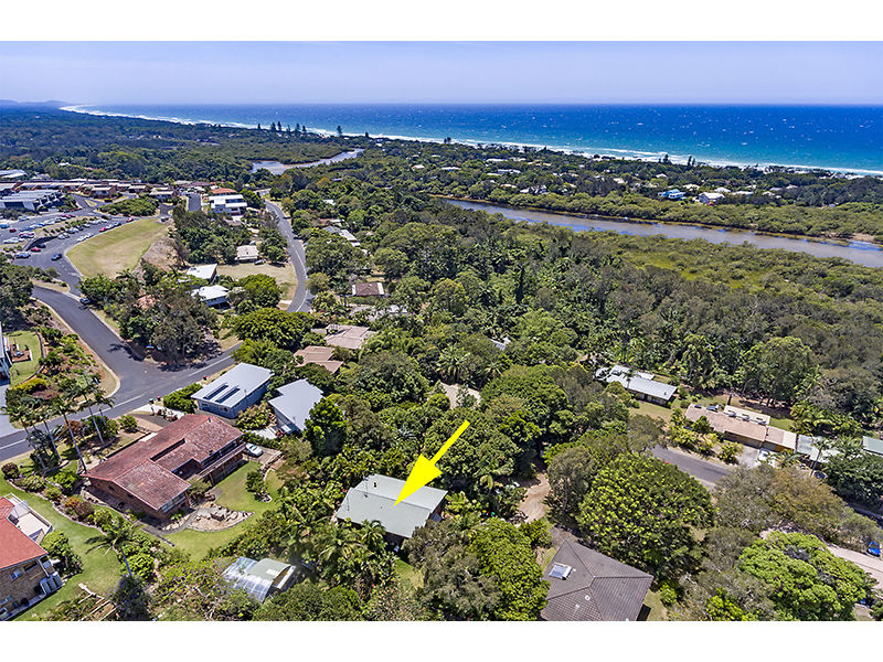 6 Burra Burra Close, Ocean Shores, NSW 2483