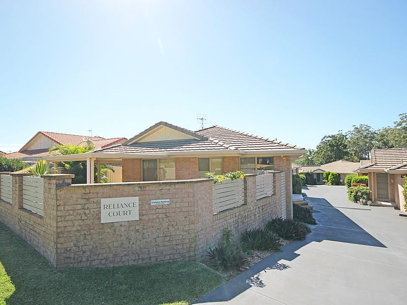 1/4 Reliance Crescent, Laurieton, NSW 2443