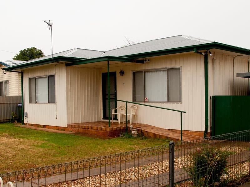 7 Bruce Avenue, Dubbo, NSW 2830