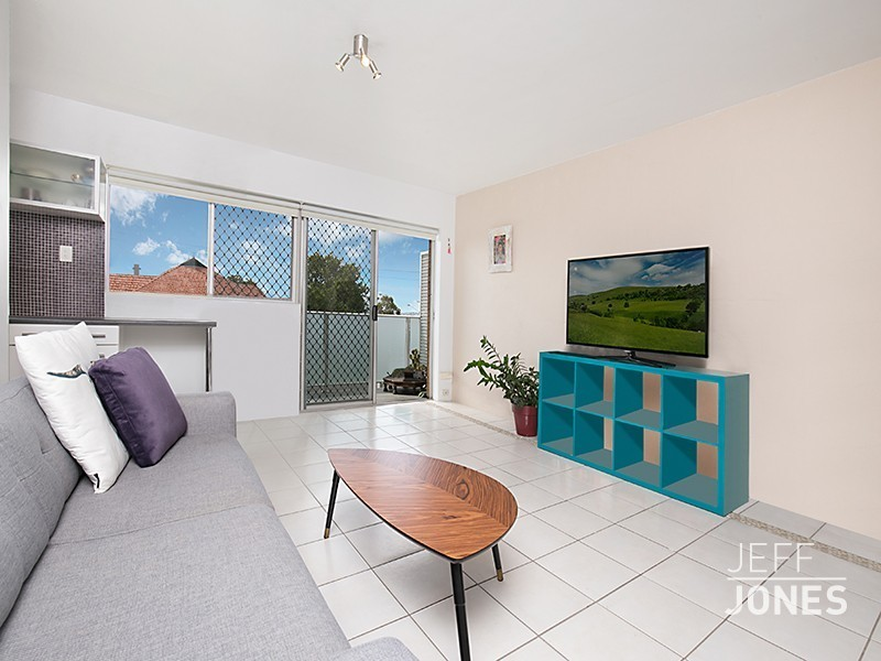 2/73 Chatsworth Road, Greenslopes, Qld 4120