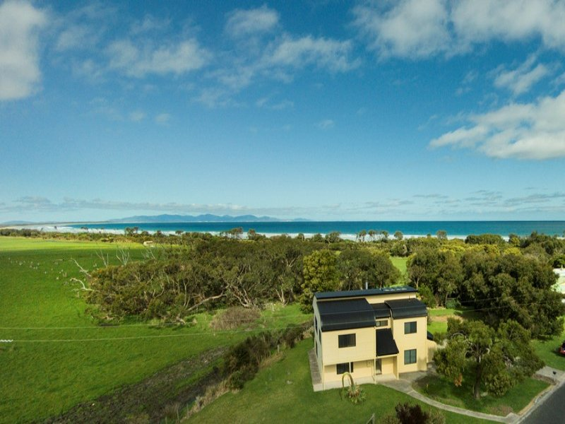 32 Waratah Avenue, Waratah Bay, Vic 3959