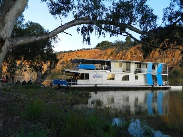 "Houseboat ""River Lady"", Renmark, SA 5341"