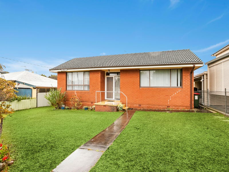 10 Hopetoun Street, Oak Flats, NSW 2529