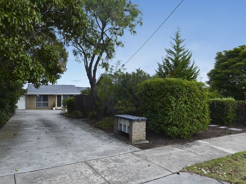 Unit 2/19 Polwarth Crescent, Belmont, Vic 3216