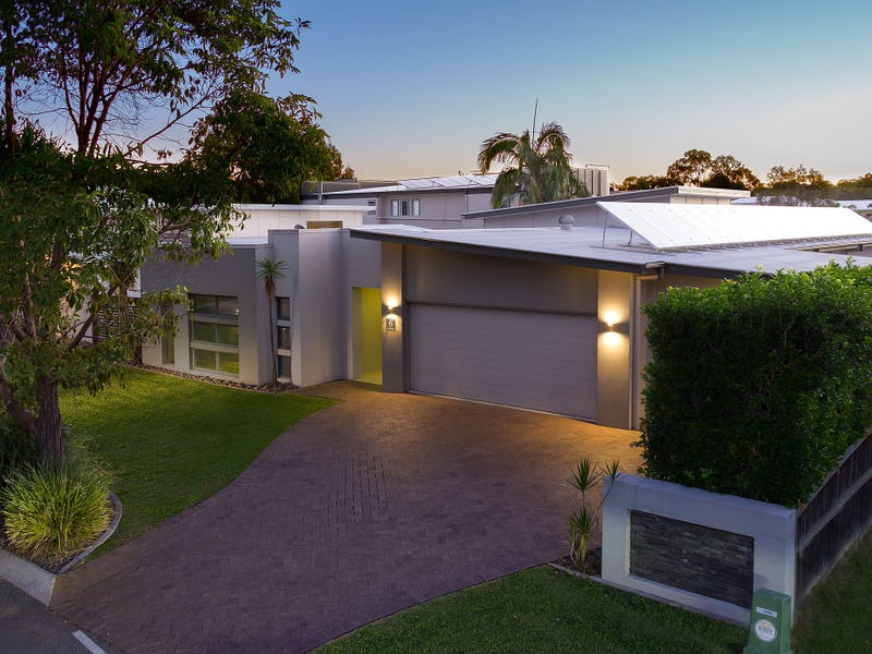 6 Red Gum Crescent, Wakerley, Qld 4154