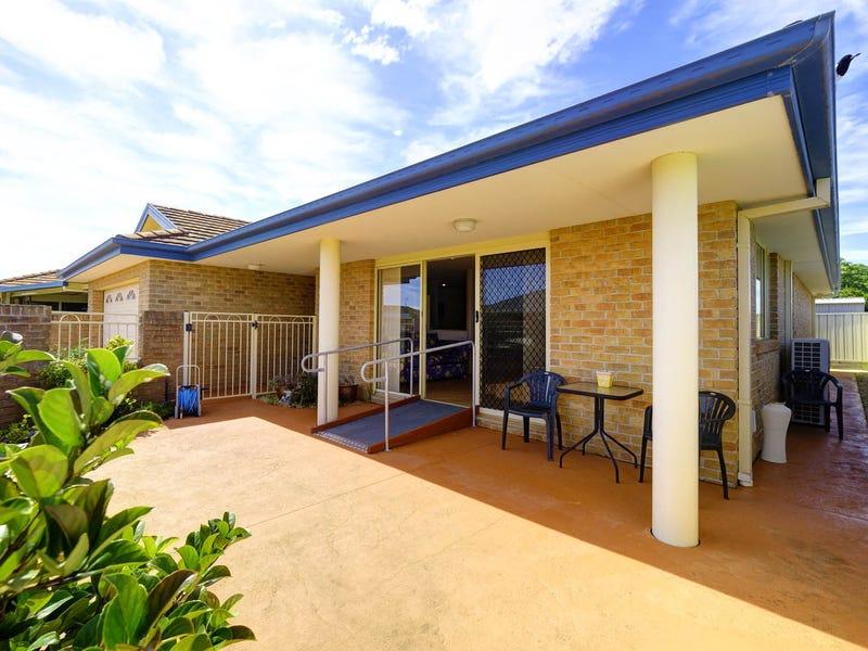 2/41 Grandis Drive, Tuncurry, NSW 2428
