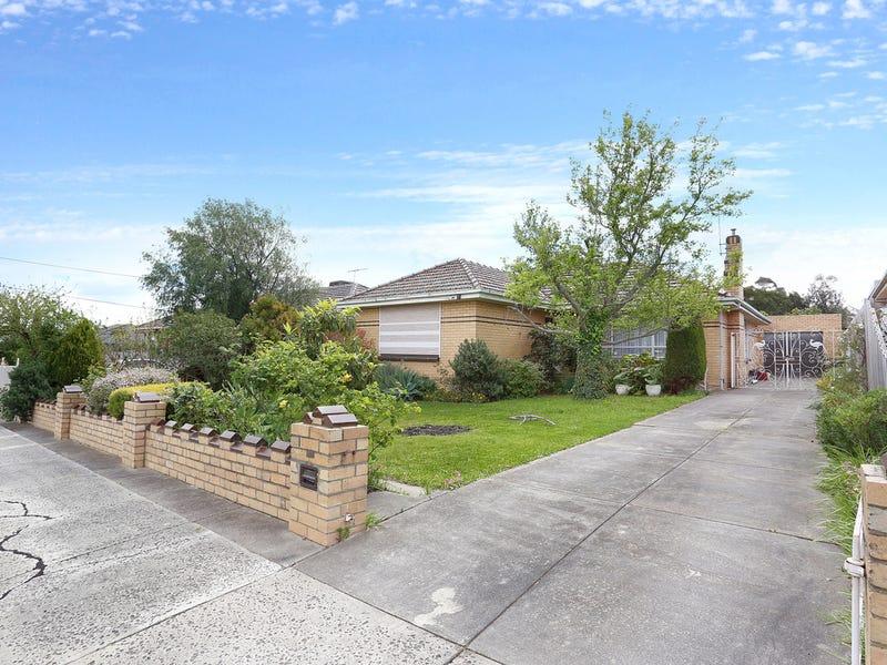 12 MacKinnon Grove, Glenroy, Vic 3046