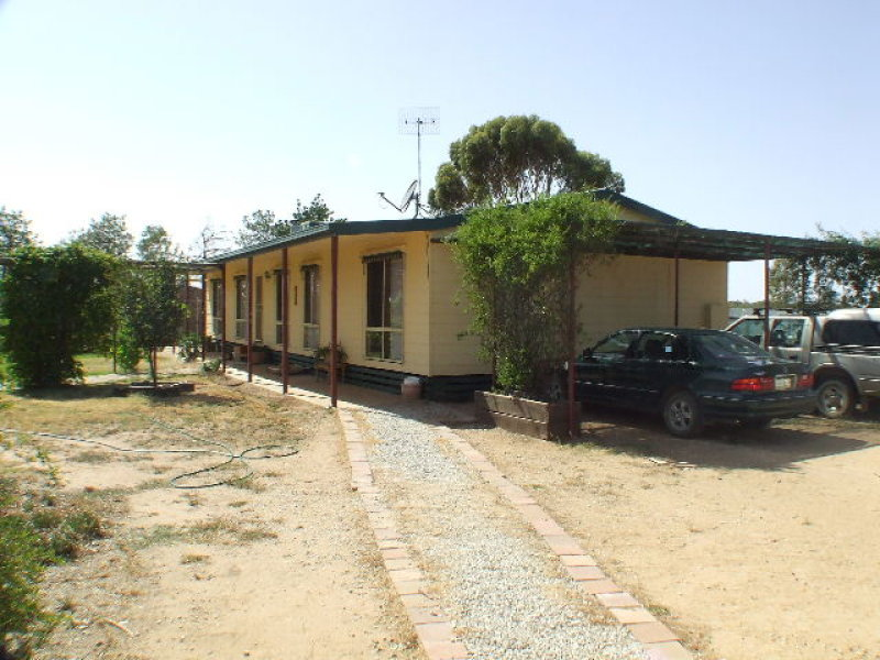 192 Old Race Course Rd, Deniliquin, NSW 2710