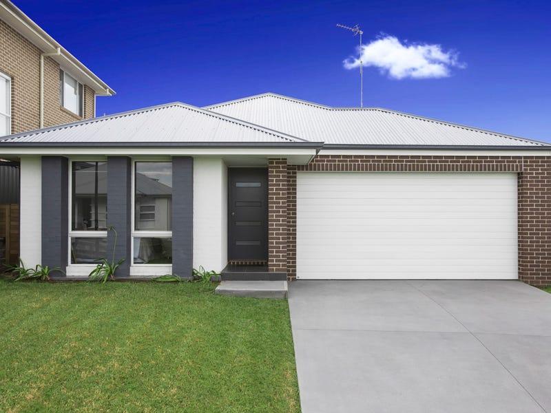 13 Elizabeth Circuit, Flinders, NSW 2529