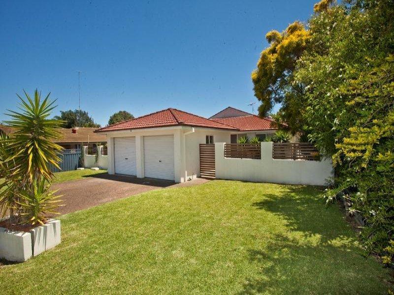 2/11 Monarch Crescent, Valentine, NSW 2280