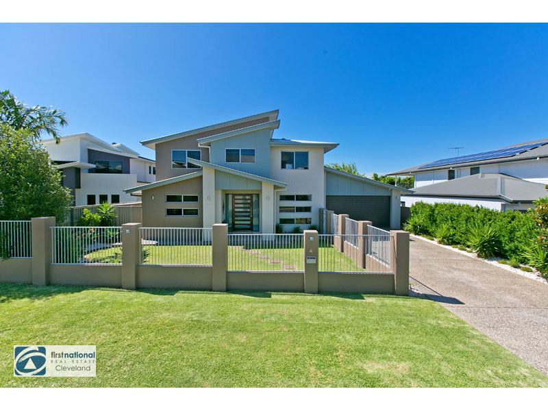 4 Bay Crest Place, Thornlands, Qld 4164