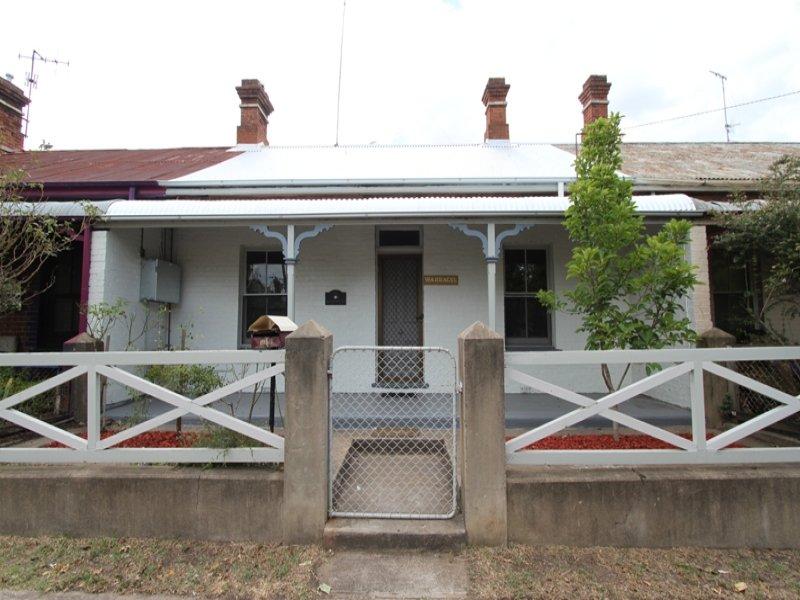 111 Seymour Street, Bathurst, NSW 2795
