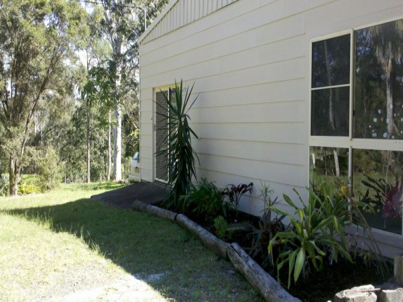 19 Morley Road, Canina, Qld 4570