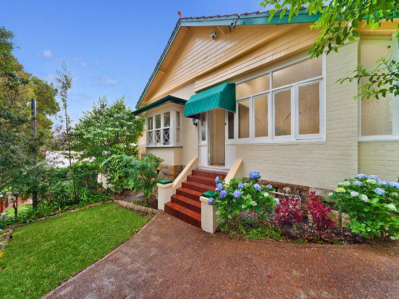21 Portview Rd, St Leonards, NSW 2065