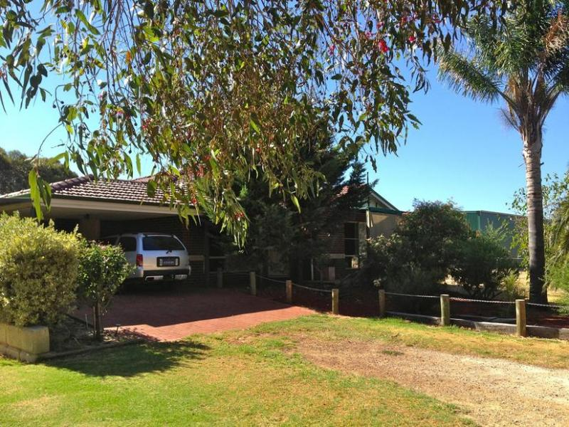 49 Lawley Road, Yarloop, WA 6218