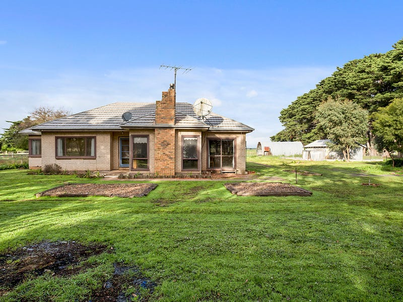 37 Smiths Rd, Glenormiston North, Vic 3265