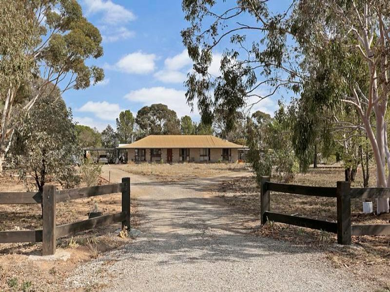 3366 Pyramid-Yarraberb Road, Raywood, Vic 3570