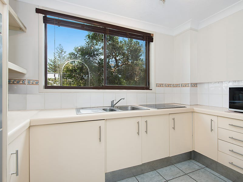 2/20a Old Burleigh Road, Surfers Paradise, Qld 4217