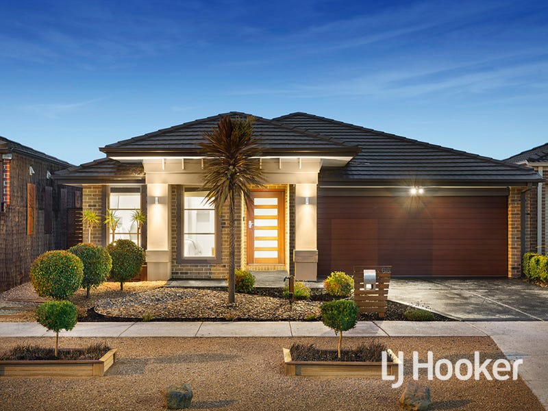 66 Regal Road, Point Cook