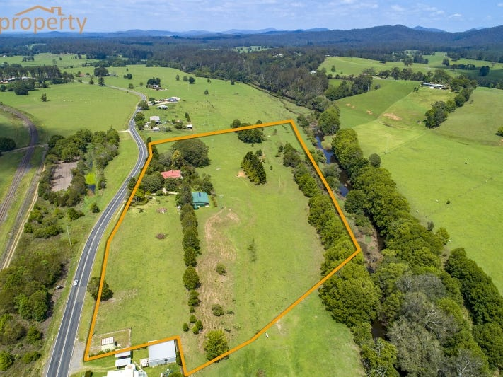 215 Giinagay Way, Warrell Creek, NSW 2447