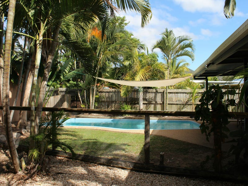 27 Corica Crescent, Horseshoe Bay, Qld 4819
