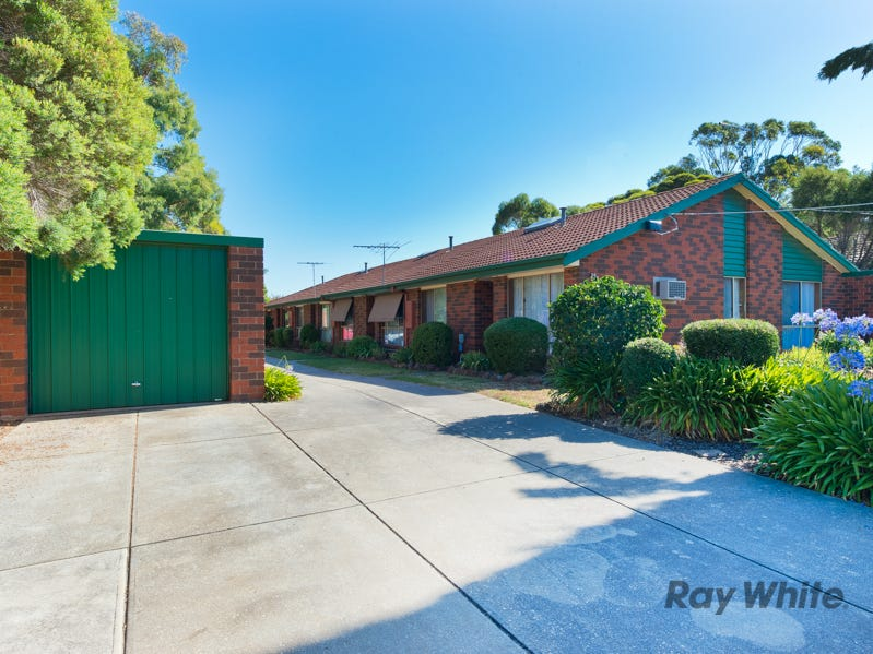 2/23 Dominic Parade, Melton, Vic 3337