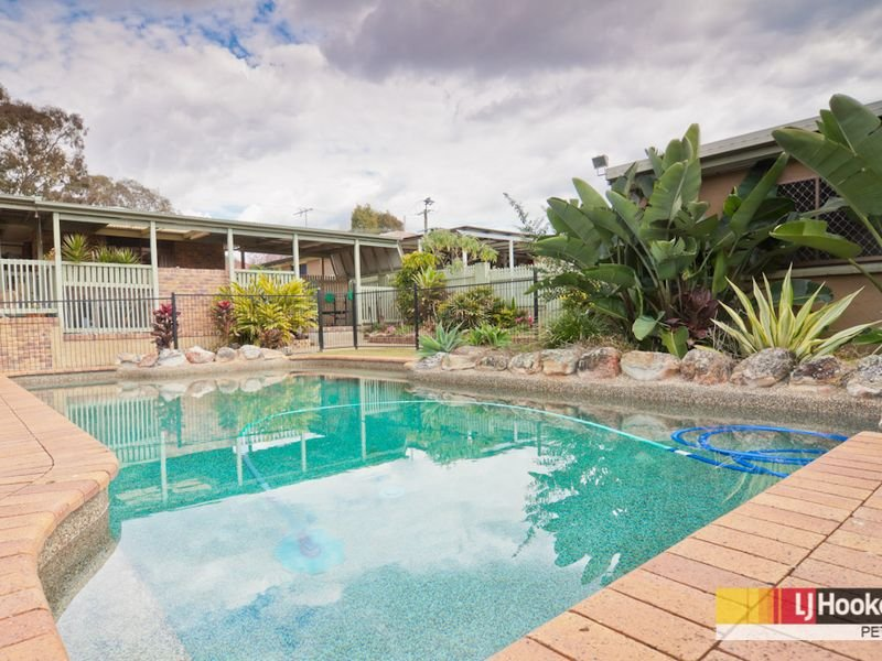 54 Young Street, Petrie, Qld 4502