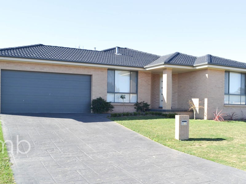 28 Brooklands Drive, Orange, NSW 2800