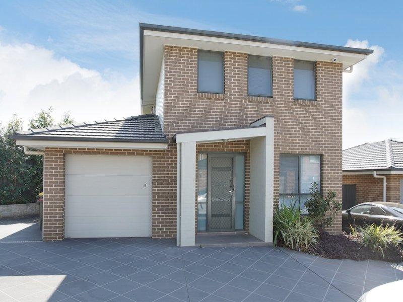 9/15 Higgins Avenue, Elderslie, NSW 2570